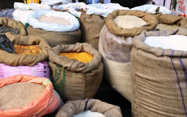 udaipur sbji mandi, udaipur vegetable market, mandi ki naal udaipur, udaipur dhan mandi, old city market udaipur, shopping in udaipur, teej ka chauk market udaipur, anjuman sabji mandi udaipur